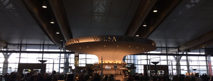 Oslo Lufthavn (OSL) is one of Posti che sono piaciuti a Yulia.