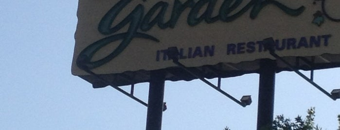 Olive Garden is one of Orlando 2016.