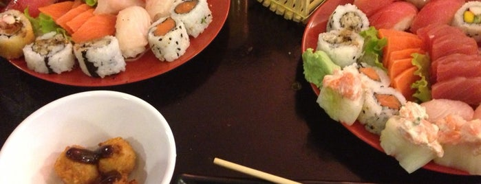Flying Sushi is one of Vila Clê - feed the ood!.