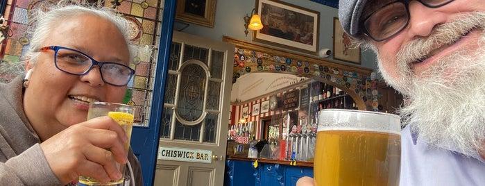 Express Tavern is one of Carl 님이 좋아한 장소.