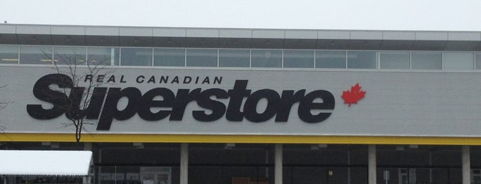Real Canadian Superstore is one of Barryさんのお気に入りスポット.