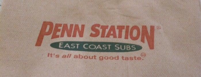 Penn Station East Coast Subs is one of สถานที่ที่ Ric ถูกใจ.