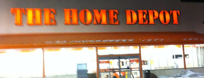 The Home Depot is one of Lieux qui ont plu à Lucy.