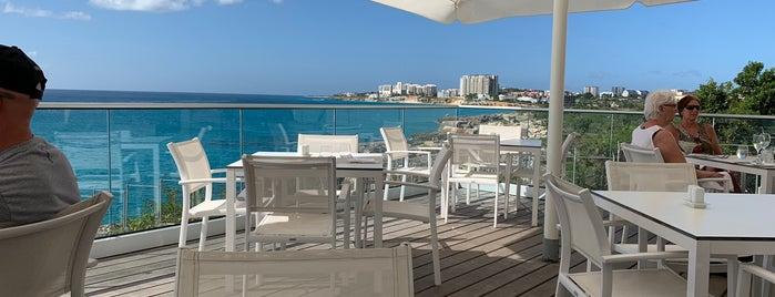 Azul Restaurant is one of Lugares favoritos de Edwin.