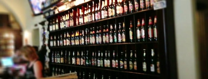 House of Beer is one of Locais curtidos por Illia.