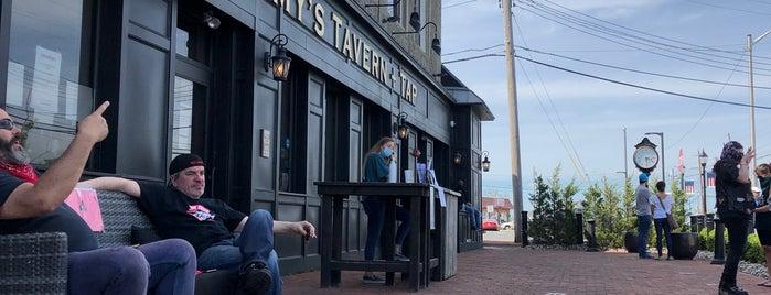 Tommy's Tavern + Tap is one of Gespeicherte Orte von Lizzie.