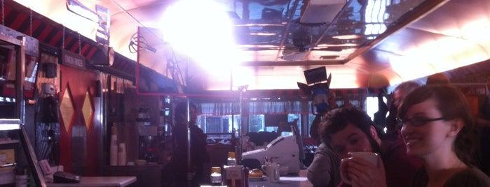 Jake's Diner is one of สถานที่ที่ Jessica ถูกใจ.