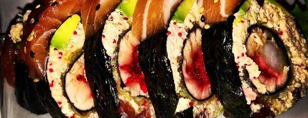 Mikasa Sushi Bar is one of Lugares favoritos de Nawes.