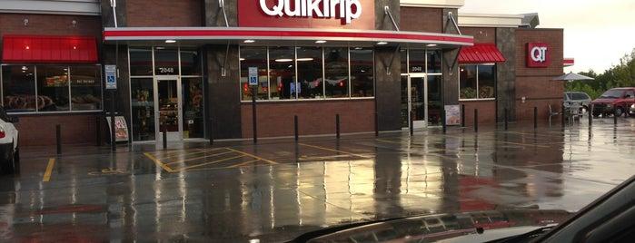 QuikTrip is one of Tempat yang Disukai Tricia.