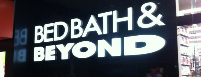 Bed Bath & Beyond is one of Ricardo 님이 좋아한 장소.
