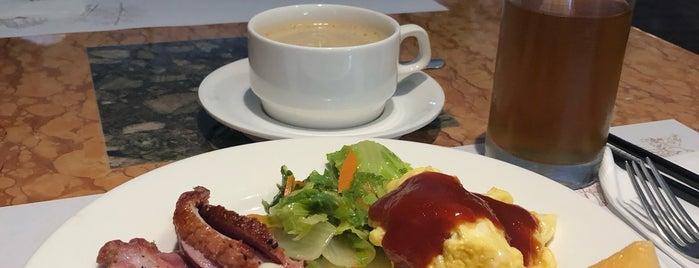 馥都飯店 Grand Forward Hotel is one of Posti che sono piaciuti a Shinsuke.
