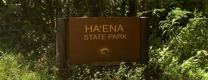 Ha'ena State Park is one of kauai.