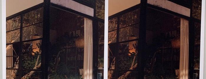 Bushwick Community Darkroom is one of Lugares favoritos de Brad.