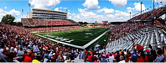 Veterans Memorial Stadium is one of FBS Stadiums.