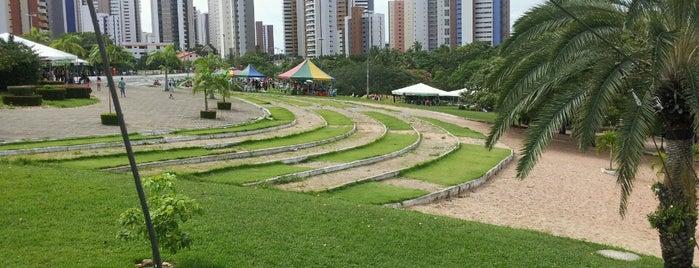 Parque Ecológico do Cocó is one of Diversos.