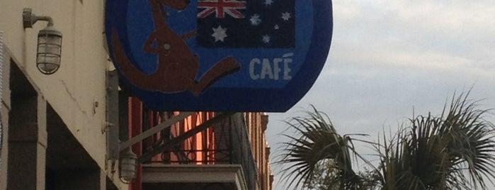 Vic's Kangaroo Cafe is one of Lieux qui ont plu à Lindsay.