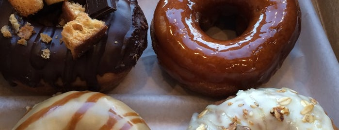 Vortex Doughnuts is one of Lugares favoritos de McKenzie.