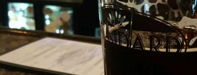 Standard Brewing Company is one of Locais curtidos por Jennifer.