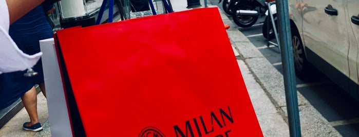 AC Milan is one of Milano, Repubblica Italiana.