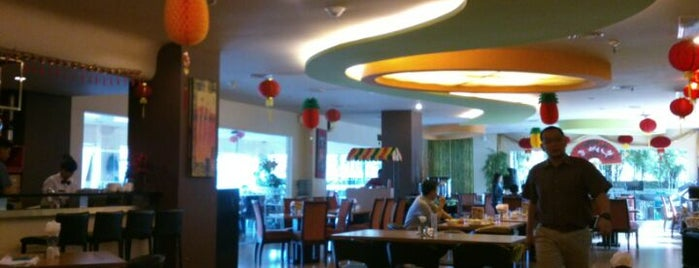 Grand Anugrah Restaurant is one of Foodie women.