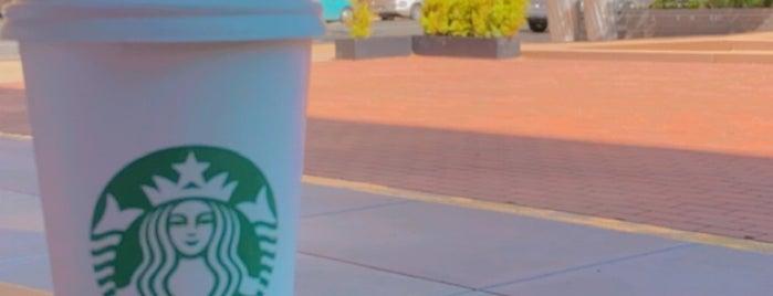 Starbucks is one of Posti che sono piaciuti a Alan.