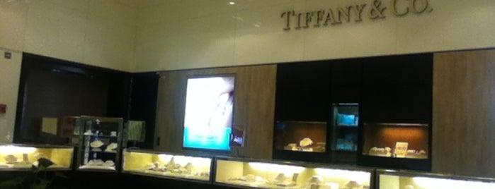 Tiffany & Co. is one of สถานที่ที่ KEPRC ถูกใจ.