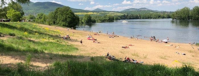 Žernosecké jezero is one of Travel - CR.