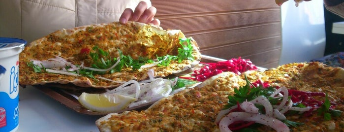 Mis Lahmacun is one of Senaさんのお気に入りスポット.