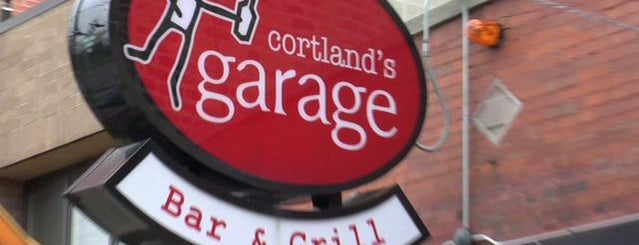 Cortland's Garage is one of Chicago Bar Bucket List.