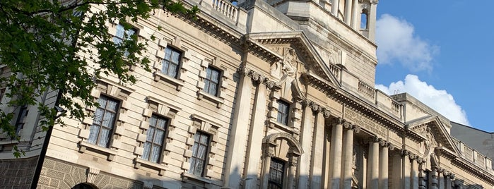 Central Criminal Court is one of Guide To London's Best Spot's.
