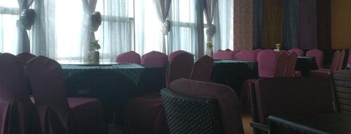 Courtyard Hotel is one of Gespeicherte Orte von ♭Ξ ℳ♭Ξ Ƙ.