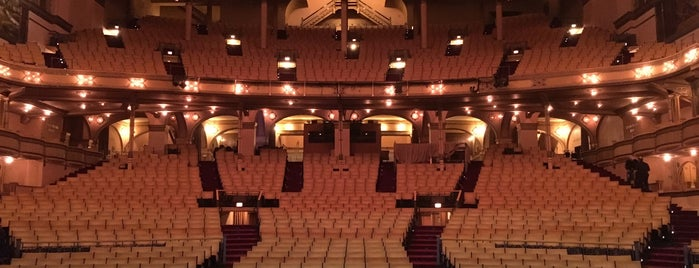 Auditorium Theatre is one of Chuck 님이 좋아한 장소.