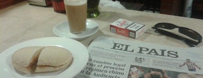 Café Del Centro Bar is one of Para ir.