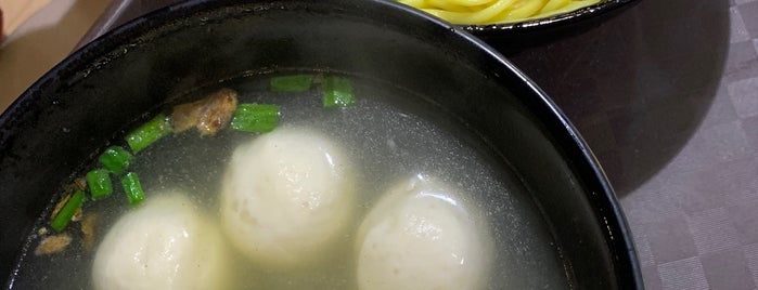 Soon Wah Fishball Kway Teow Mee is one of Micheenli Guide: Best of Singapore Hawker Food.