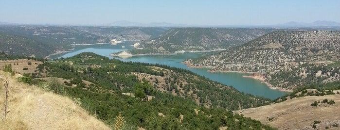 Güney is one of สถานที่ที่ ✨💫GöZde💫✨ ถูกใจ.
