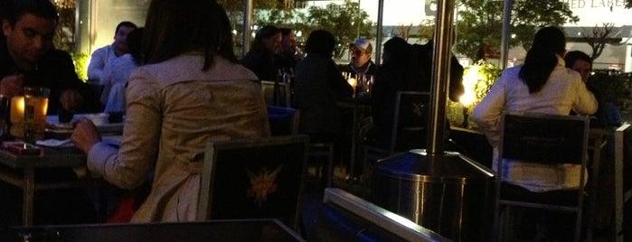 Bar Esquina is one of A tomarse su traguito!.