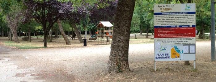Parc De La Garenne is one of สถานที่ที่บันทึกไว้ของ Jean-Marc.