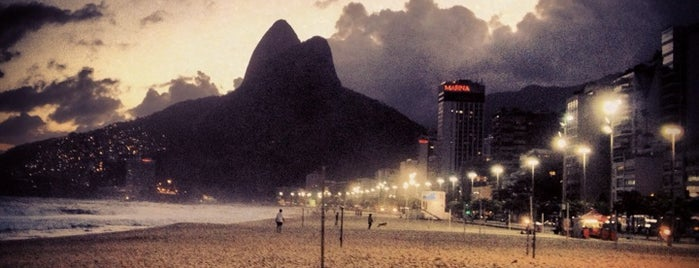 Posto 11 is one of Lugares favoritos de Mil e Uma Viagens.