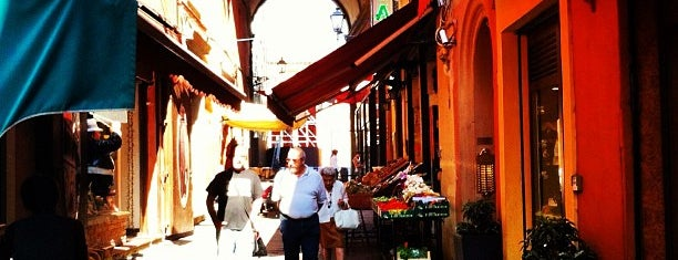 Caffe del Mercato is one of Orte, die Tuğrul gefallen.