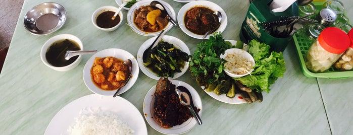 Hla Myanmar Resturant is one of Locais salvos de BonVivant.es.