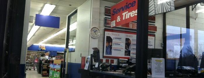 Pep Boys Auto Parts & Service is one of Lieux qui ont plu à Suzanne E.