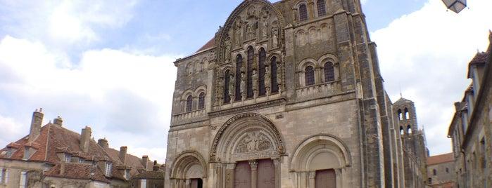 Basilique Sainte-Marie-Madeleine is one of Bienvenue en France !.