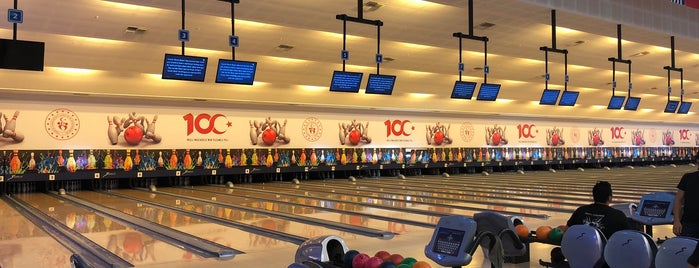 İlkadım Bowling Salonu is one of Cansu'nun Beğendiği Mekanlar.