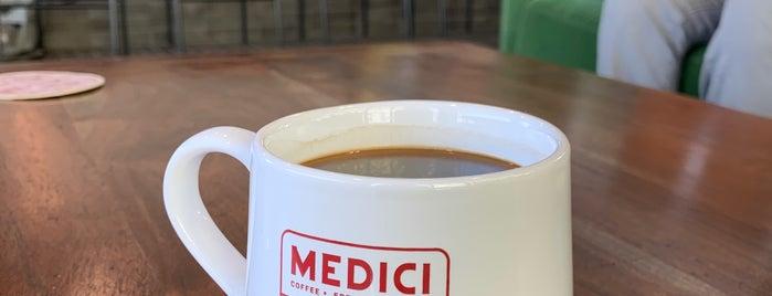 Caffé Medici is one of Orte, die Greg gefallen.