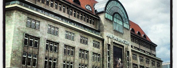 Kaufhaus des Westens (KaDeWe) is one of Berlin exploration.