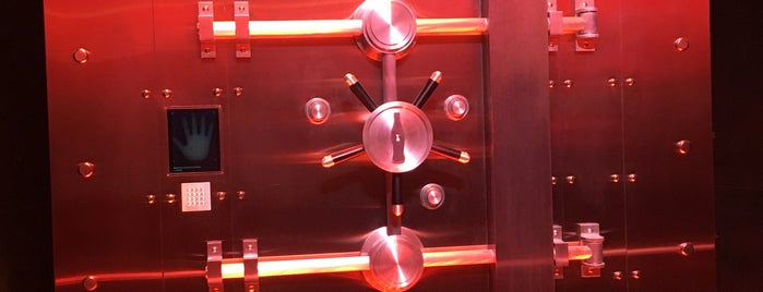 Vault of the Secret Formula is one of สถานที่ที่ Tania ถูกใจ.