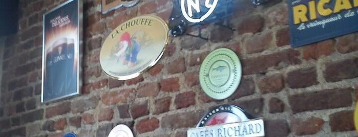 Трикракото пиле is one of Sofia Bar&Dinner.