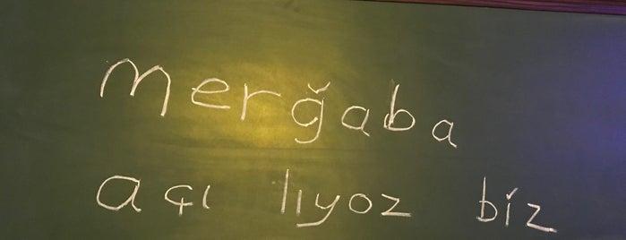 Arabecks Cafe & Pub is one of İstanbul-gece vol.2.