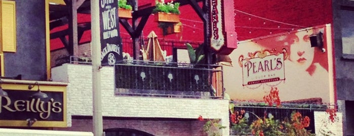 Pearl's Liquor Bar is one of WeHo / Mid-City West.