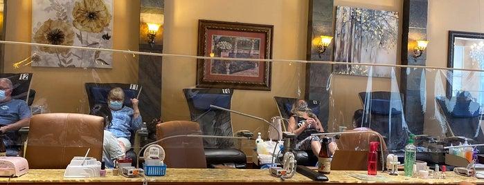 Luxury Nail Spa is one of Tempat yang Disukai Isabella.